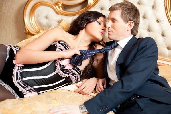 мужчина и женщина флирт
