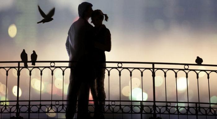 парень и девушка на улице